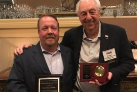 MRA Recognizes Two Members at Seminar